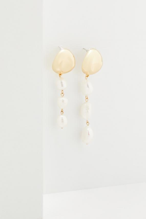 Kolczyki z perłami hodowlanymi